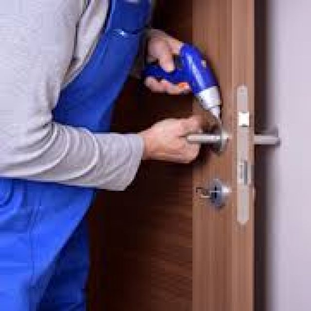 The effective tips for opening a locked door